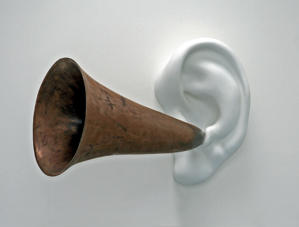 Beethoven's Trumpet (With Ear) Opus #133 by John Baldessari | Image courtesy of Museo Bellas Artes
