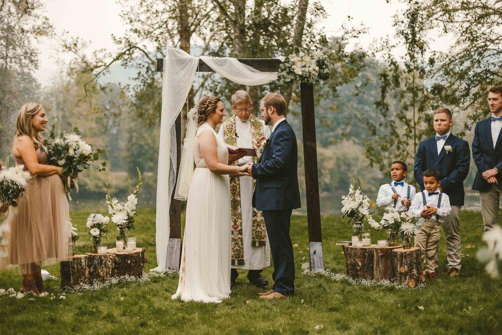 Backyard Wedding- Oregon - Cozy-53.jpg