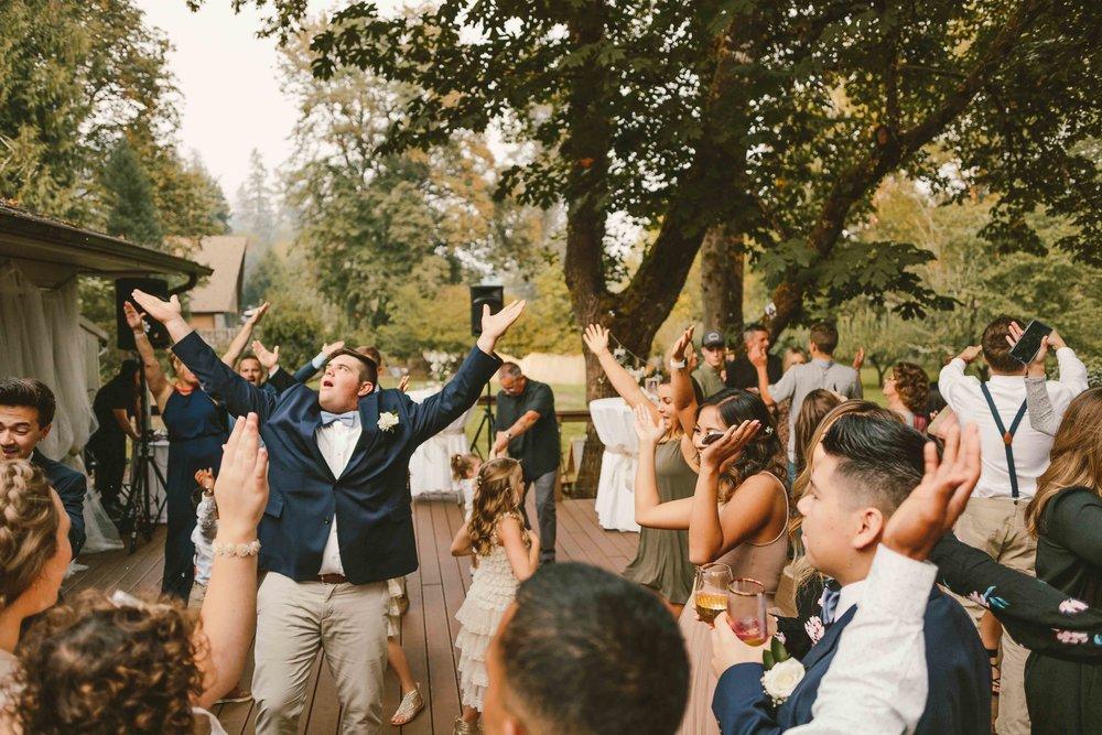 Backyard Wedding- Oregon - Cozy-92.jpg
