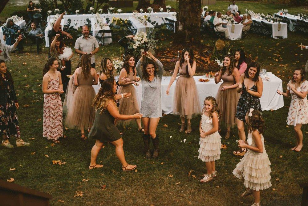 Backyard Wedding- Oregon - Cozy-106.jpg