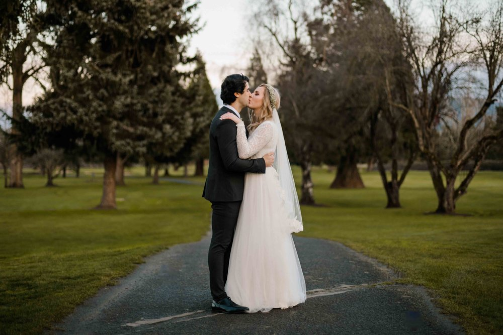 Emerald Valley Golf Club Wedding Oregon Winter Wedding-75.jpg