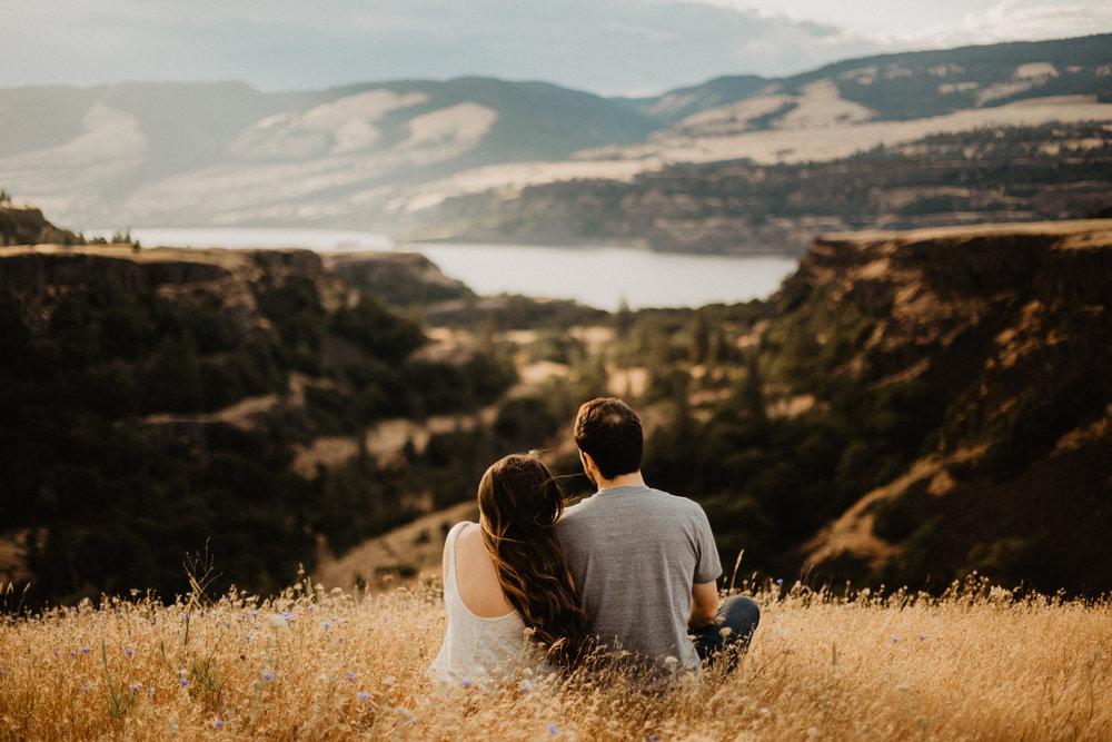 rowena crest engagement, oregon wedding photographer, engagement photos, natural light photographer-76.jpg