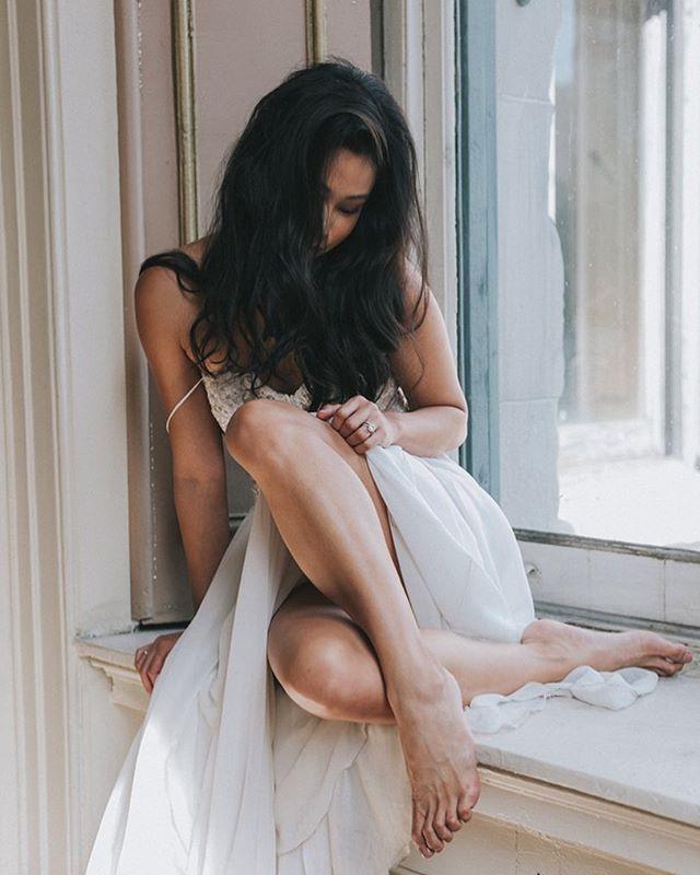 "Getting ready to say ""I do""? I couldn't think of a better gift to give than Intimate Portraits of you forever preserved ✨ JenniferSkogBoudoir.com ___ #intimateportraits #intimateportraitphotographer #bridalboudoir #bridalfashionweek #natural #sweptaway #engaged #weddinggift #JenniferSkog #SkogGoneRogue"