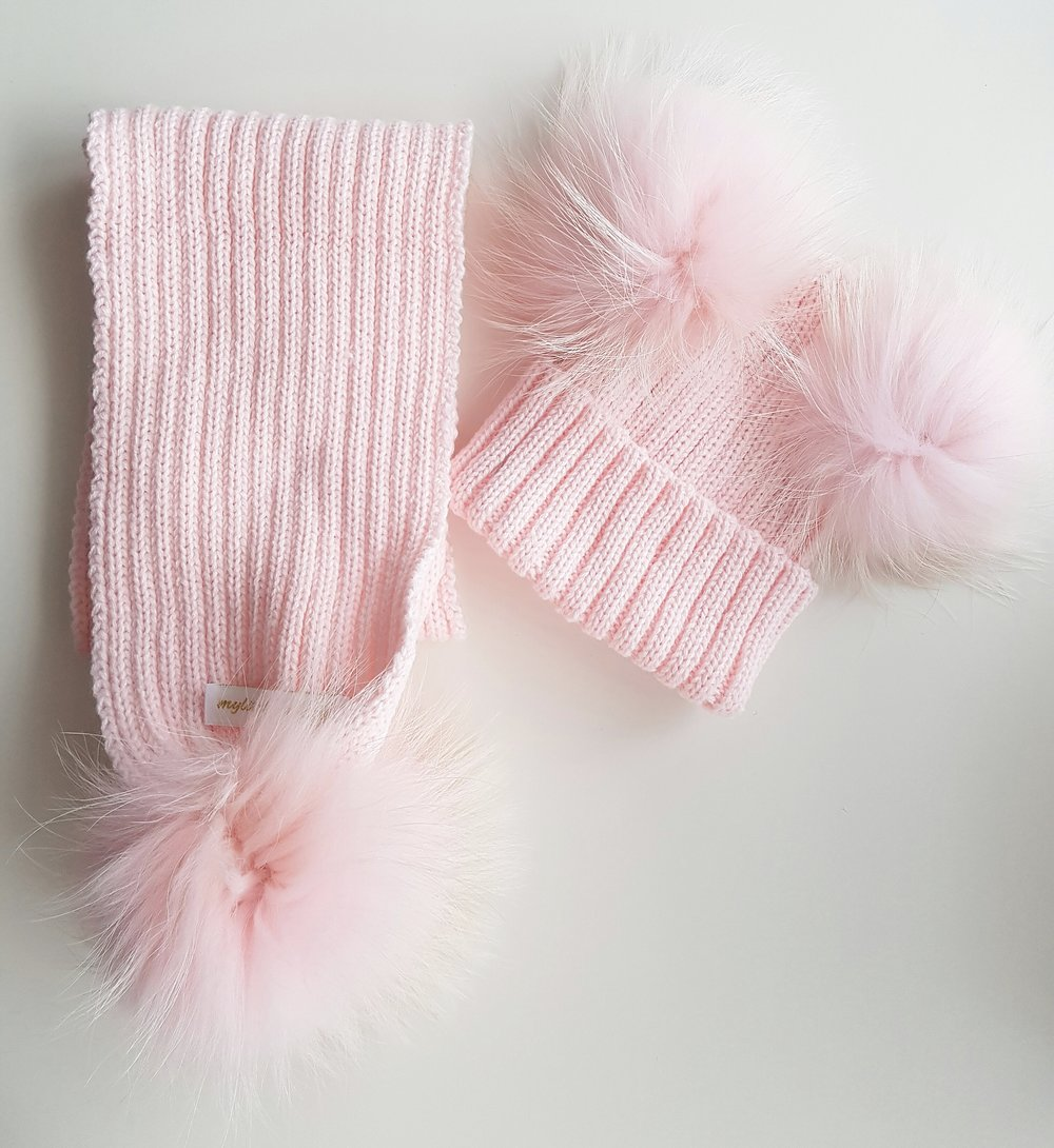 ef50b5f53d3 Luxury Baby Pink Minnie Mouse PomPom Hat   Scarf Set — mylittlewears