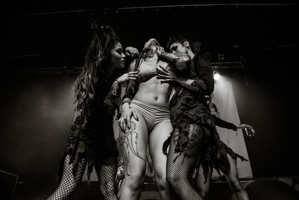 Suicide_Girls_Blackheart_Burlesque_Vancouver_Nguyen_Timothy-70.jpg