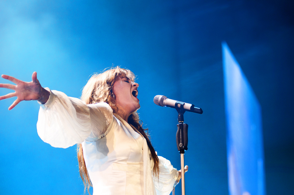 2_Florence_&_The_Machine_Rogers_Arena_Timothy-Nguyen_25October15-4.JPG
