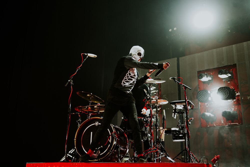 1_Twenty_One_Pilots_Queen_Elizabeth_Theatre_Timothy_Nguyen (2 of 18).jpg