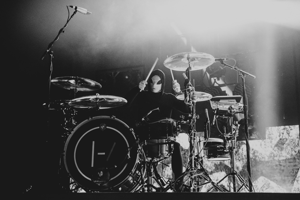1_Twenty_One_Pilots_Queen_Elizabeth_Theatre_Timothy_Nguyen (4 of 18).jpg