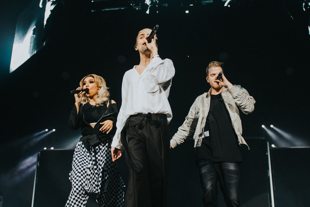 1_Pentatonix_Pacific_Coliseum_Timothy_Nguyen (9 of 20).jpg