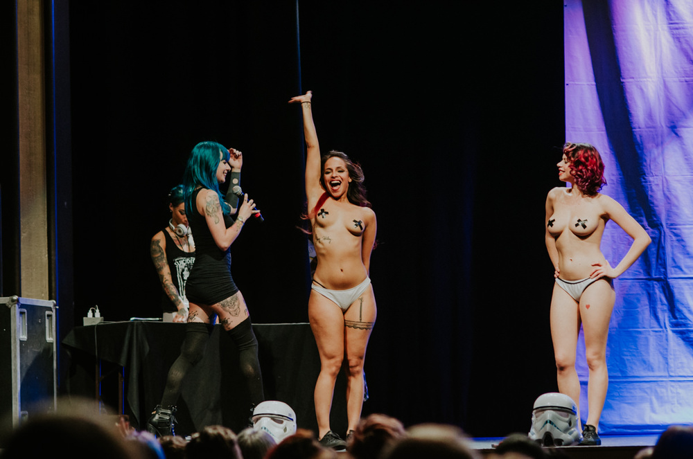 1_Suicide_Girls_BlackheartBurlesque_Vancouver2016_Timothy_Nguyen (153 of 156).jpg