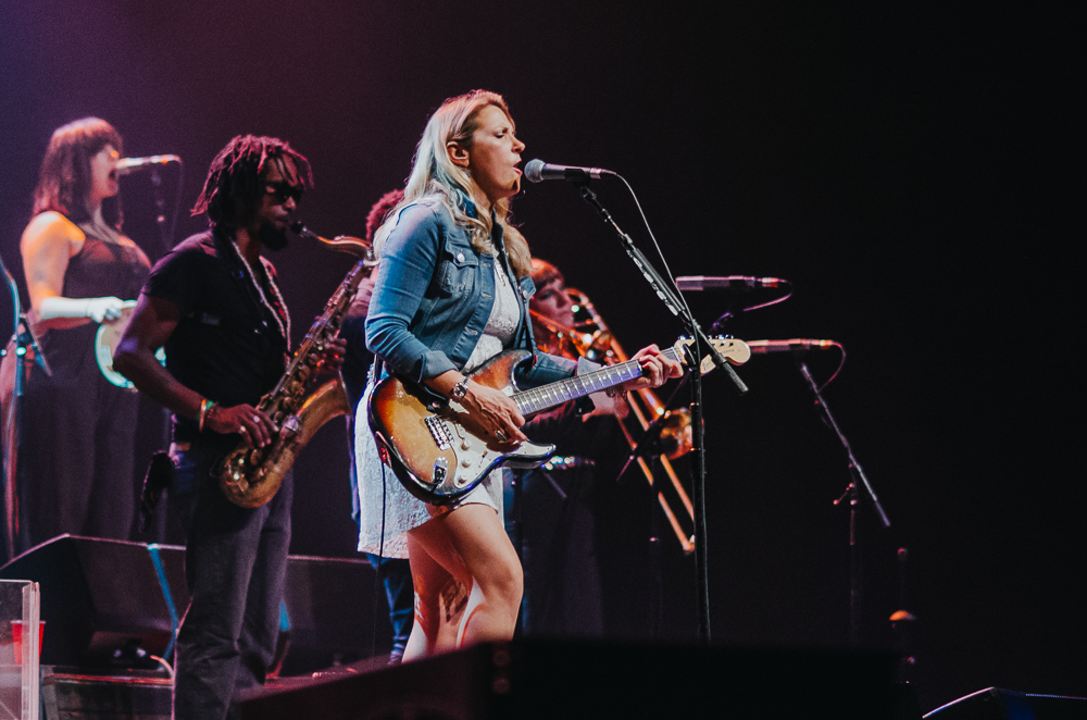 1_Tedeschi_Trucks_Band_Queen_Elizabeth_Timothy_Nguyen_20160628 (7 of 16).jpg