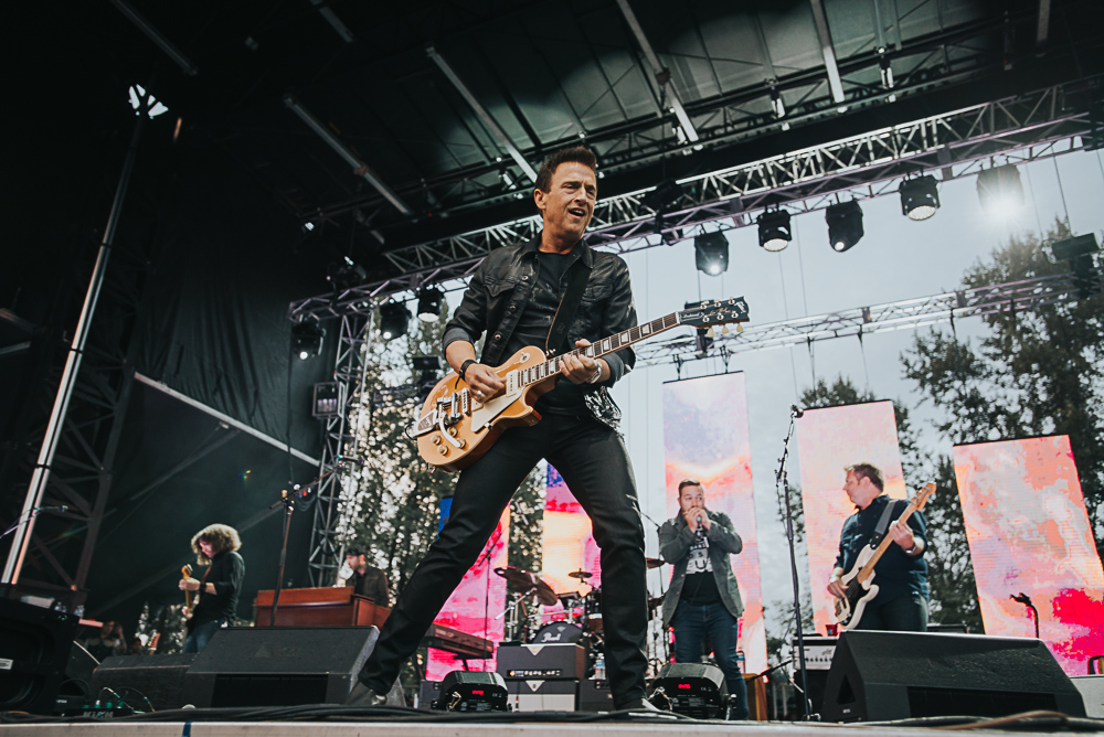 1_Colin_James_Blues_And_Roots_2016_Tim-Nguyen (5 of 20).jpg