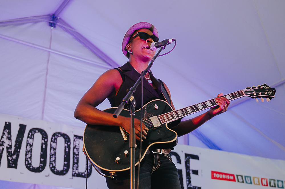 5_Cecile_Doo-Kingue_Blues_And_Roots_2016_Tim-Nguyen (2 of 10).jpg
