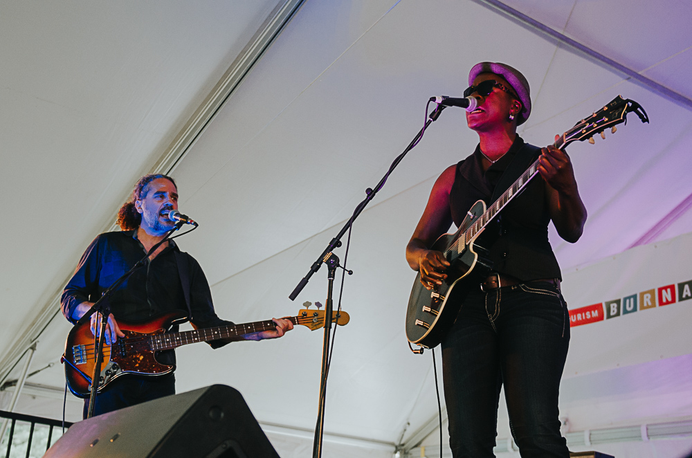 5_Cecile_Doo-Kingue_Blues_And_Roots_2016_Tim-Nguyen (8 of 10).jpg