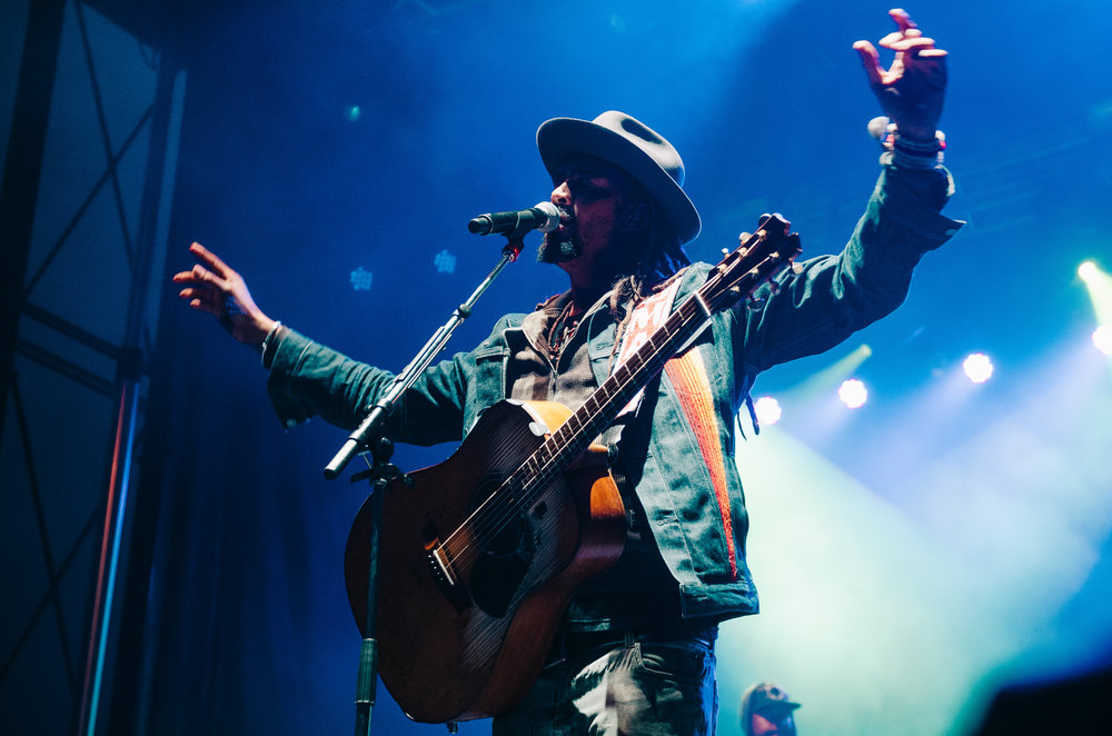 2_Michael_Franti_&_Spearhead_Rifflandia-Timothy_Nguyen-20160916 (3 of 19).jpg