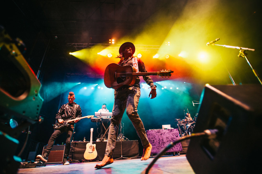2_Michael_Franti_&_Spearhead_Rifflandia-Timothy_Nguyen-20160916 (18 of 19).jpg