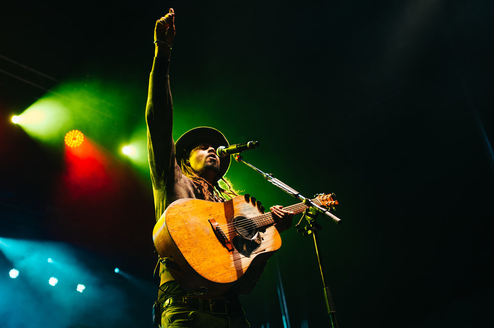 2_Michael_Franti_&_Spearhead_Rifflandia-Timothy_Nguyen-20160916 (19 of 19).jpg