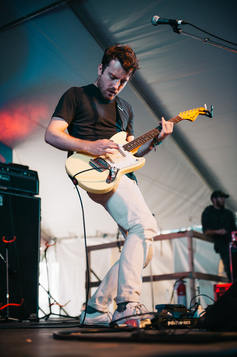 5_The_Elwins_Rifflandia-Timothy_Nguyen-20160916 (10 of 14).jpg