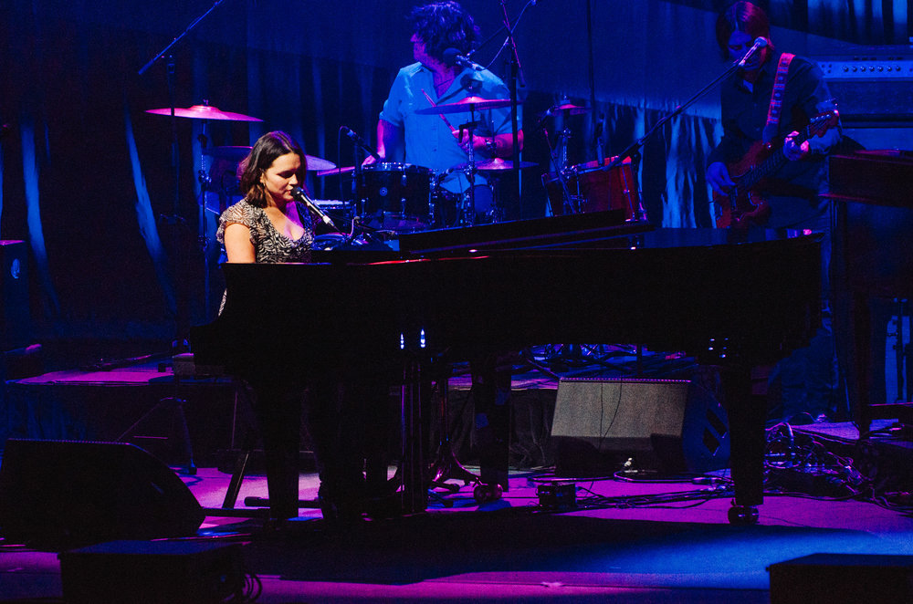 1_Norah_Jones_Queen_Elizabeth_Theatre-Timothy_Nguyen-20161018 (11 of 13).jpg