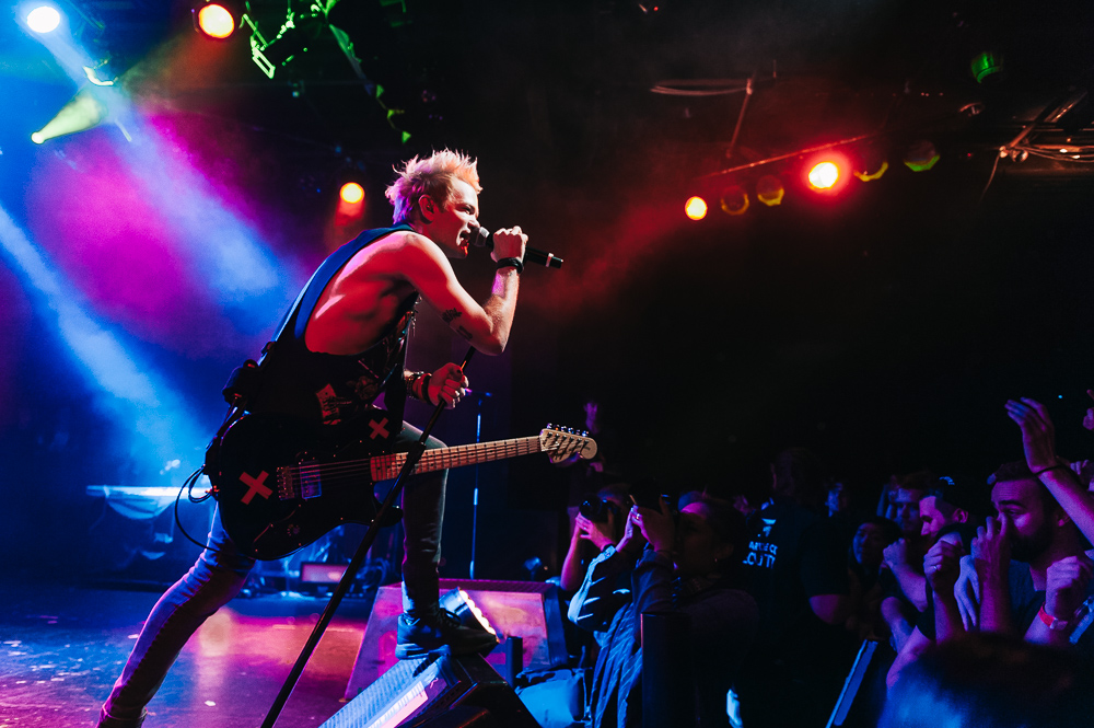 1_Sum_41_Commodore_Ballroom-Timothy_Nguyen_20161028 (11 of 24).jpg