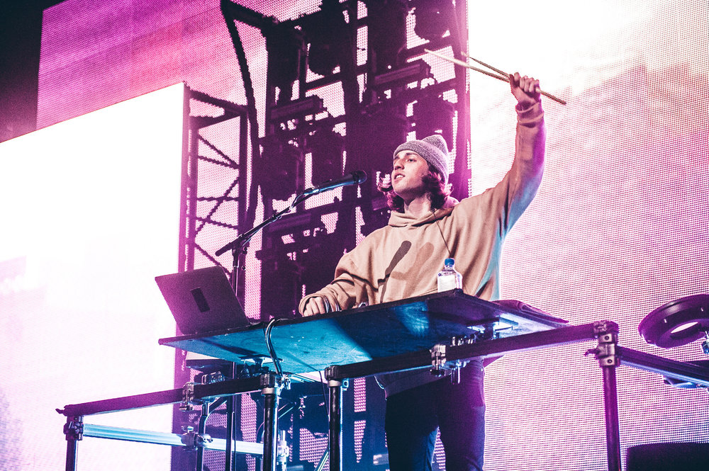 1_Porter_Robinson_Madeon_Vogue_Theatre-Timothy_Nguyen-20161206 (8 of 34).jpg