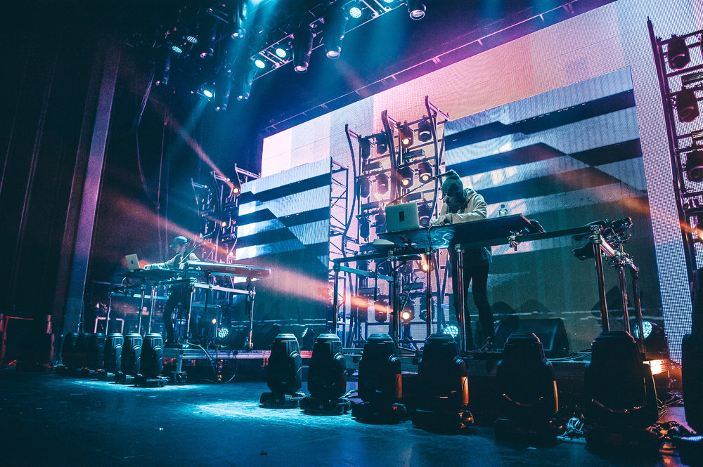 1_Porter_Robinson_Madeon_Vogue_Theatre-Timothy_Nguyen-20161206 (10 of 34).jpg