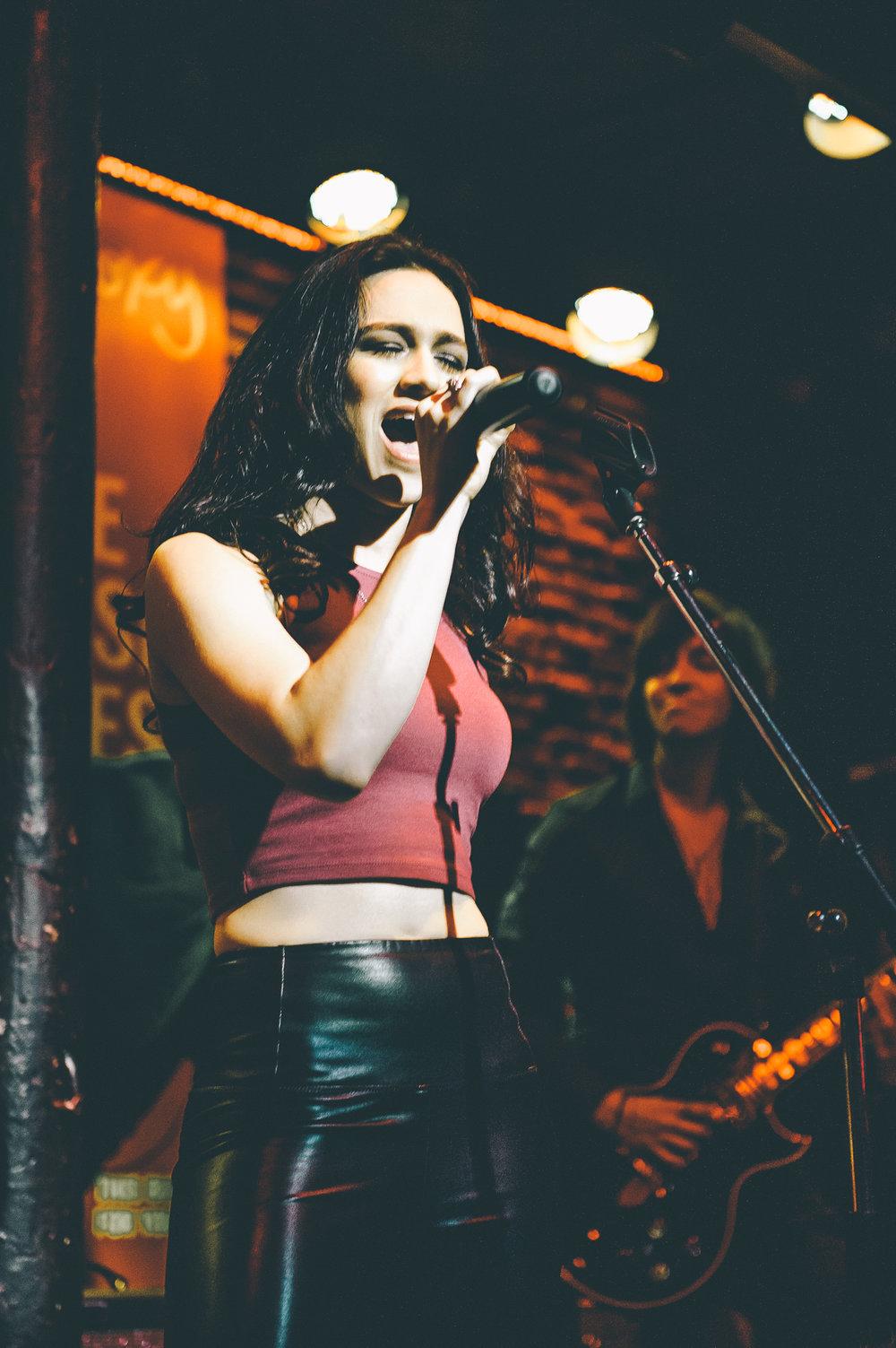 4_Kristin_Bunyan-Roxy_Cabaret-Timothy_Nguyen-20170326 (2 of 35).jpg
