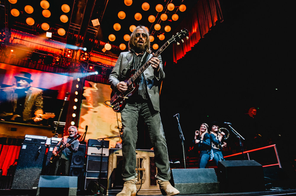1_Tom_Petty-Rogers_Arena-Timothy_Nguyen-20710817 (14 of 27).jpg