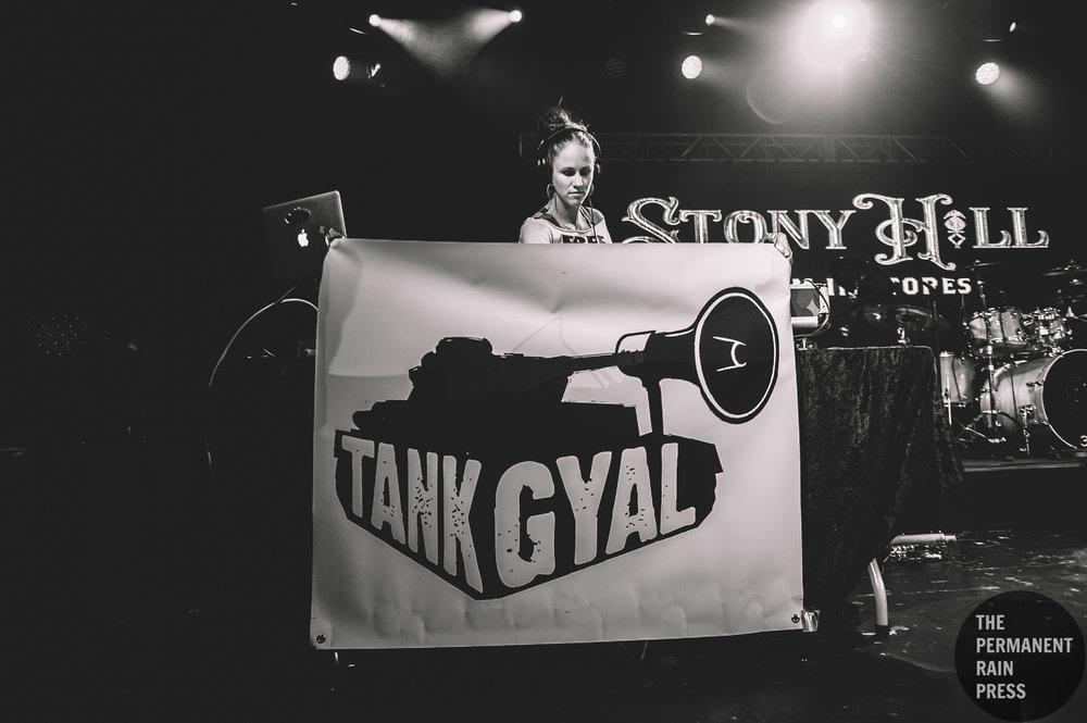 2_Tank_Gyal-Commodore_Ballroom-Timothy_Nguyen-20170926 (3 of 15).jpg