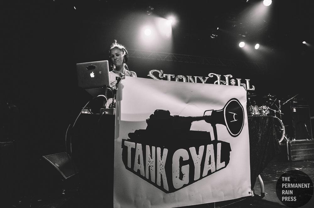 2_Tank_Gyal-Commodore_Ballroom-Timothy_Nguyen-20170926 (14 of 15).jpg