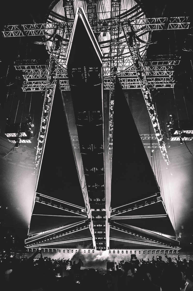 1_The_Weeknd-Rogers_Arena-Timothy_Nguyen-20171005 (1 of 36).jpg