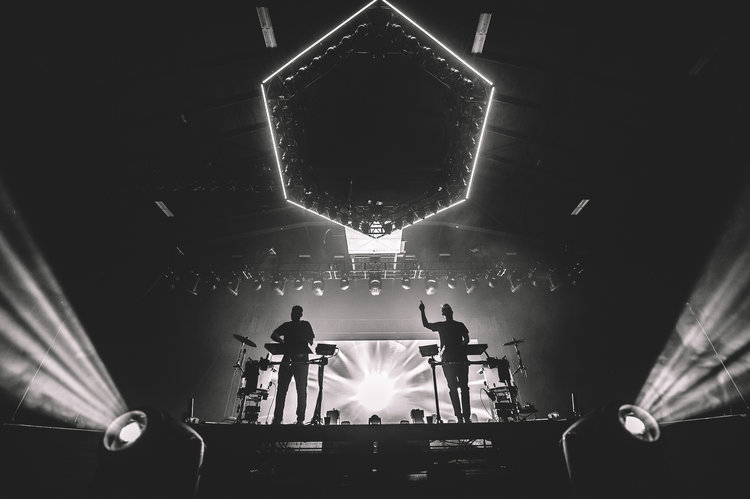 Odesza pne forum timothy nguyen photography 1odesza pneforum timothynguyen 20171103 13 of 28g malvernweather Image collections