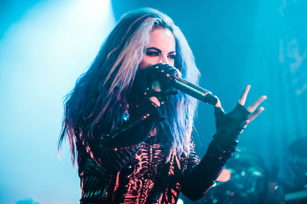 1_Arch_Enemy-Vogue_Theatre-Timothy_Nguyen-20171123 (4 of 8).jpg