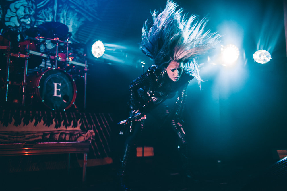 1_Arch_Enemy-Vogue_Theatre-Timothy_Nguyen-20171123 (8 of 8).jpg