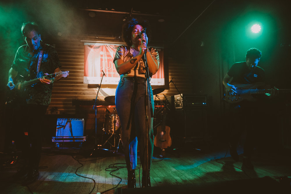 1_Weaves-Fortune_Sound_Club-Timothy_Nguyen-20180323 (3 of 13).jpg