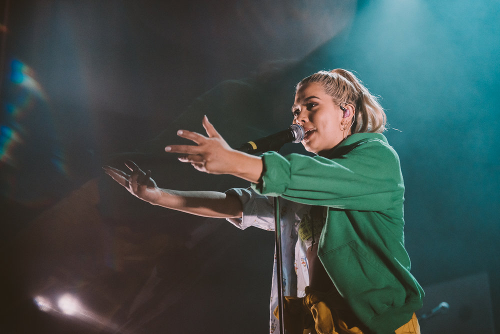 1_Hayley_Kiyoko-Vogue_Theatre-Timothy_Nguyen-20180418 (13 of 44).jpg