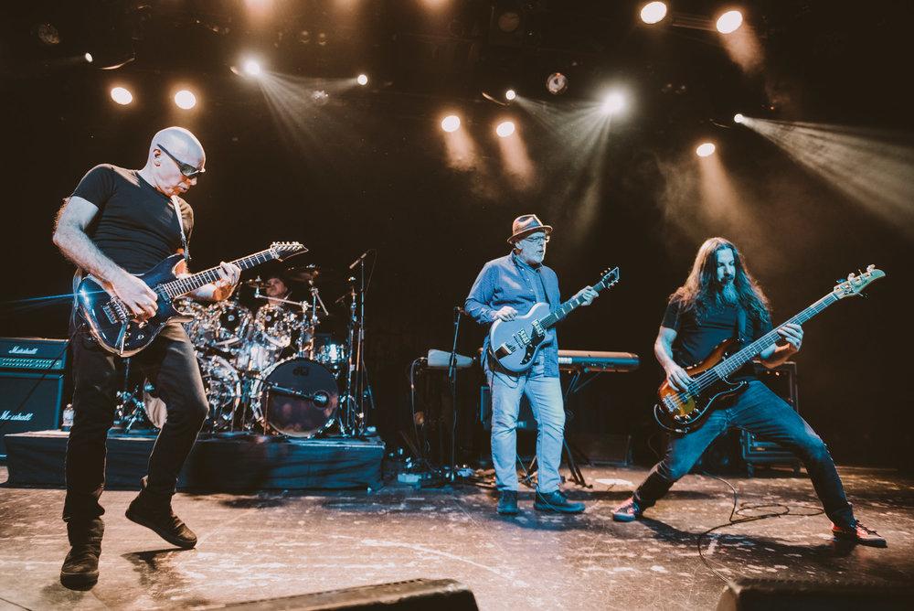 1_Joe_Satriani-Commodore_Ballroom-Timothy_Nguyen-20180602-5.jpg