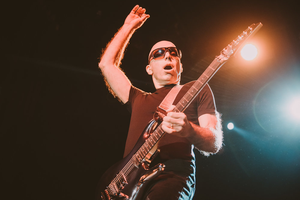 1_Joe_Satriani-Commodore_Ballroom-Timothy_Nguyen-20180602-10.jpg