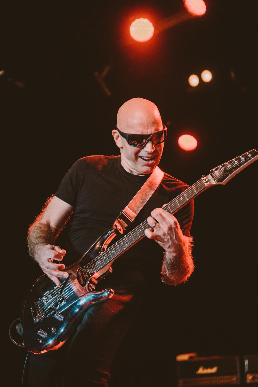 1_Joe_Satriani-Commodore_Ballroom-Timothy_Nguyen-20180602-18.jpg