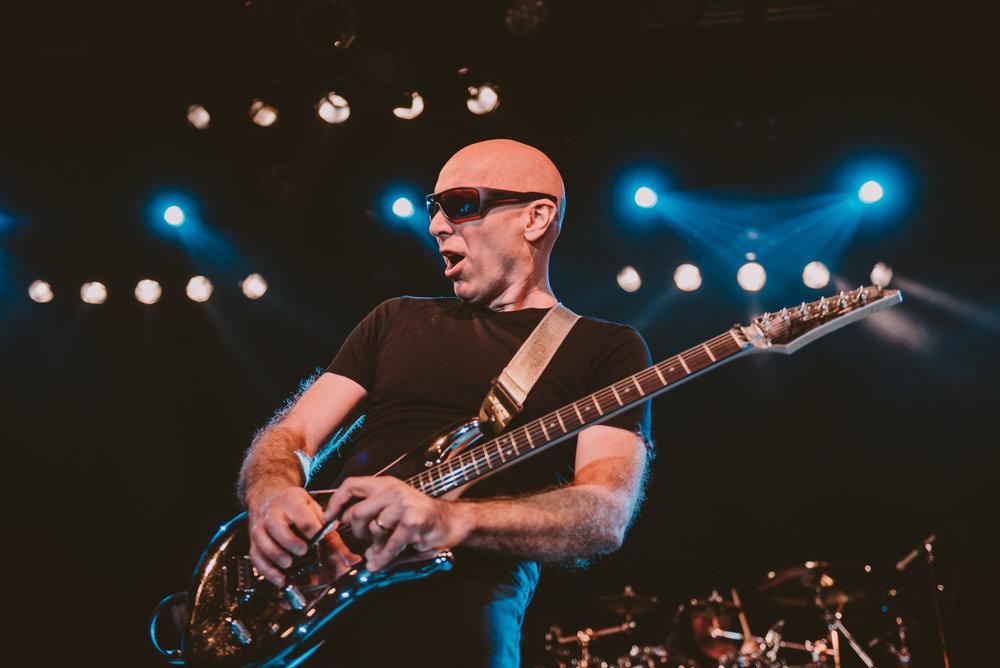 1_Joe_Satriani-Commodore_Ballroom-Timothy_Nguyen-20180602-19.jpg