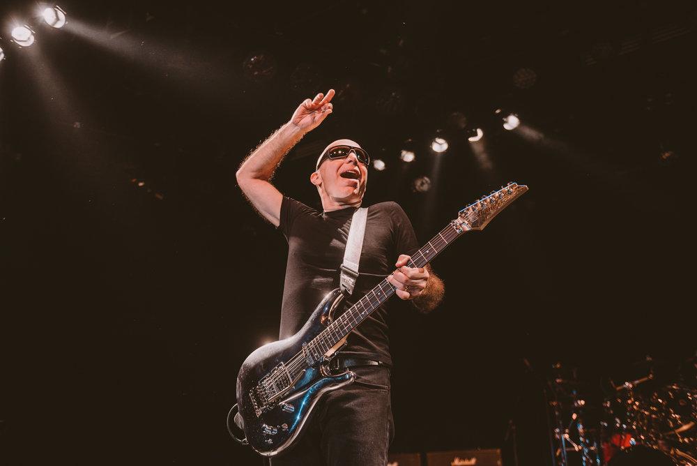 1_Joe_Satriani-Commodore_Ballroom-Timothy_Nguyen-20180602-20.jpg