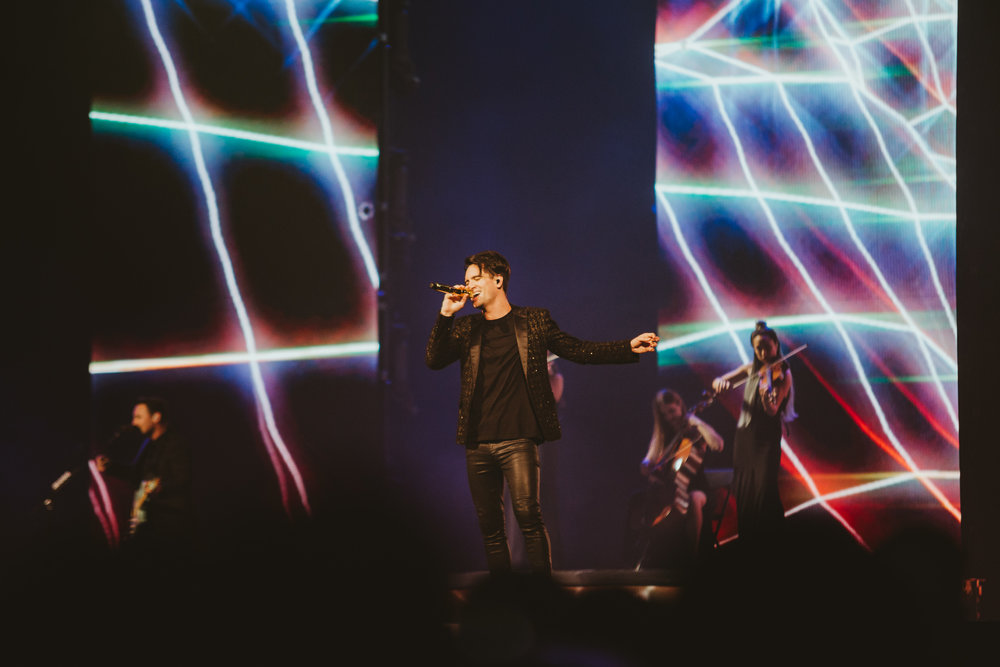 1_Panic!_At_The_Disco-Rogers_Arena-Timothy_Nguyen-20180811-6.jpg