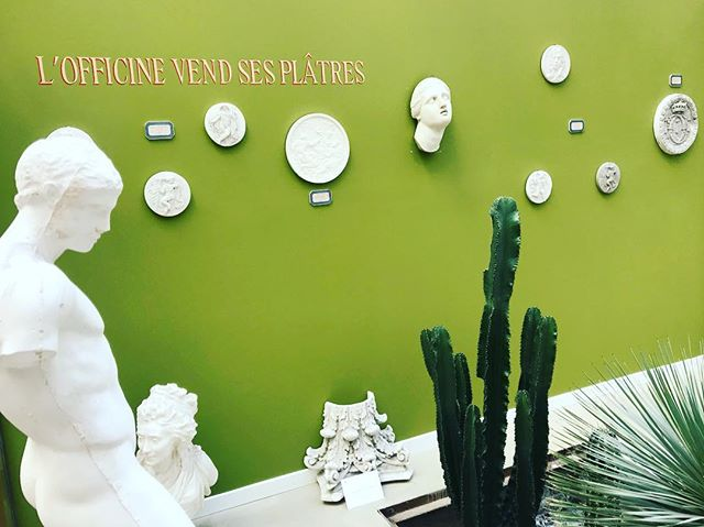 In that green cactus mood  #cactus #Paris # plâtre #statue #sculpture #instadaily #inspiration #verde #green #style