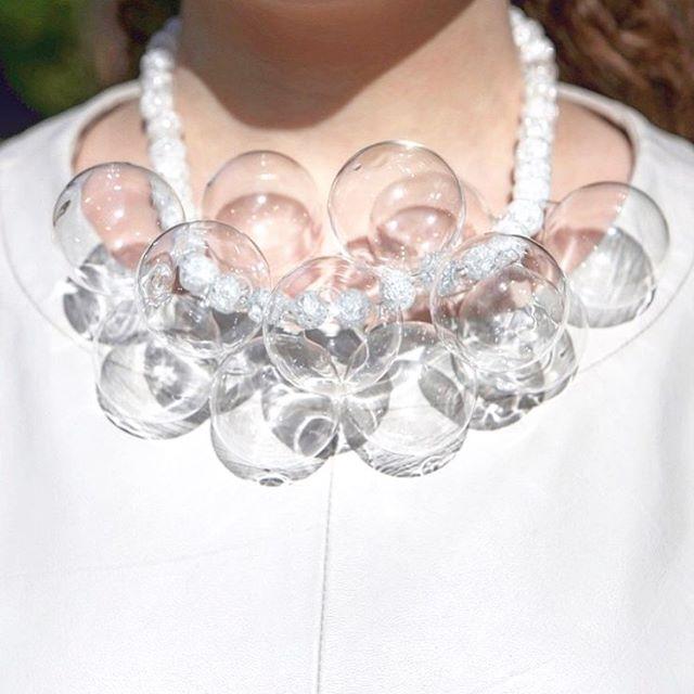 Idonthaveasister Bubble Necklace is the perfect Summer accessory  #idonthaveasister #glass #vetro #vetrosoffiato #design #verresoufflé #murano #handmade #transparent