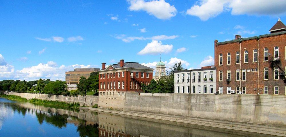 Grand_River_Cambridge_Ontario_2012_1.jpg