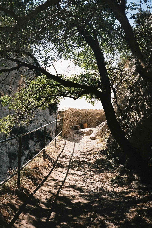 Moustiers-Sainte-Marie - Path