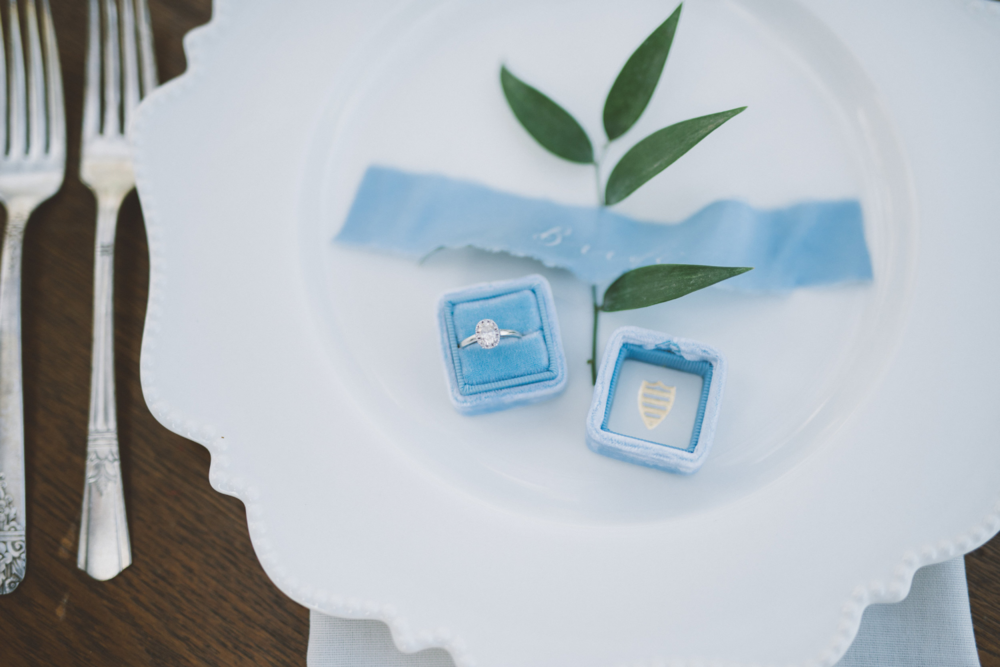 Wedding rings, Something blue