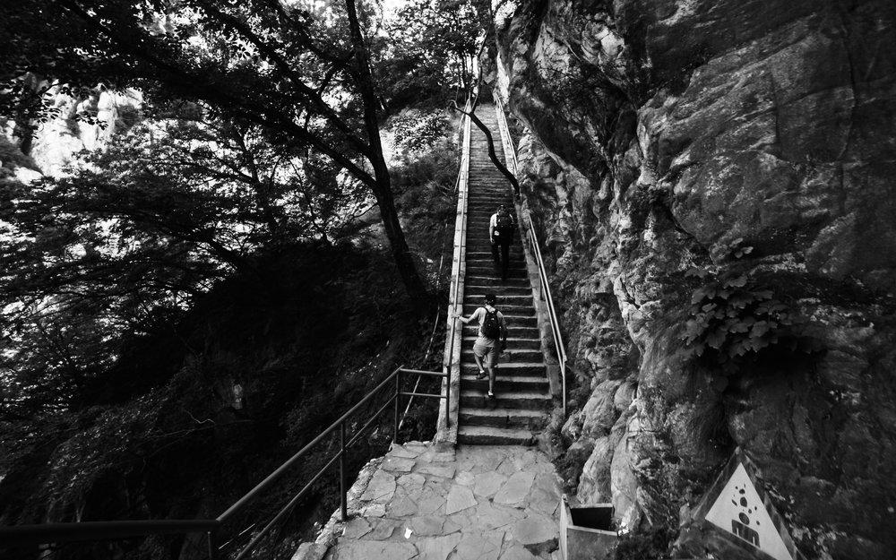 China Hike-2.jpg