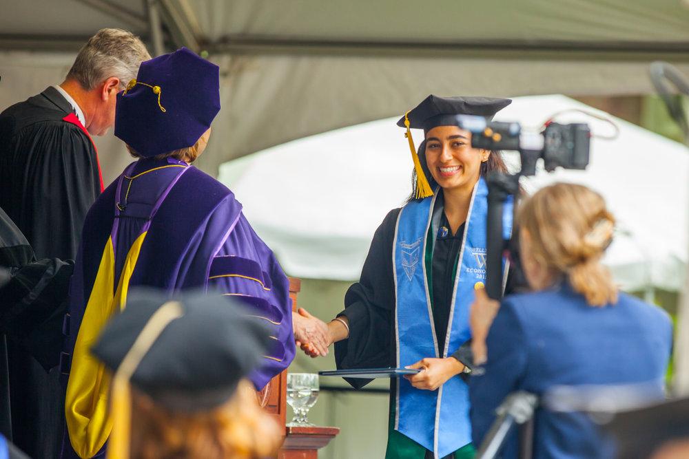Noora_Graduation-312.jpg