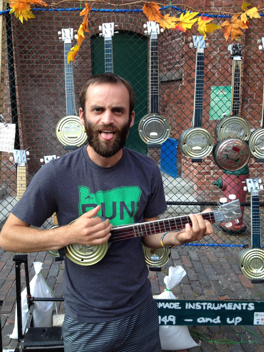 Tin can ukuele in the Distillery District of Toronto
